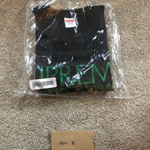 2020 Supreme Nuova York Tee Sz L Brand New In Bag
